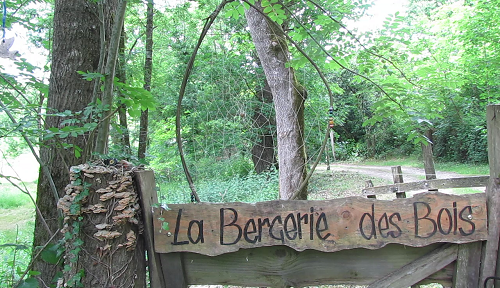 la-bergerie-des-bois-accueil-messac-r